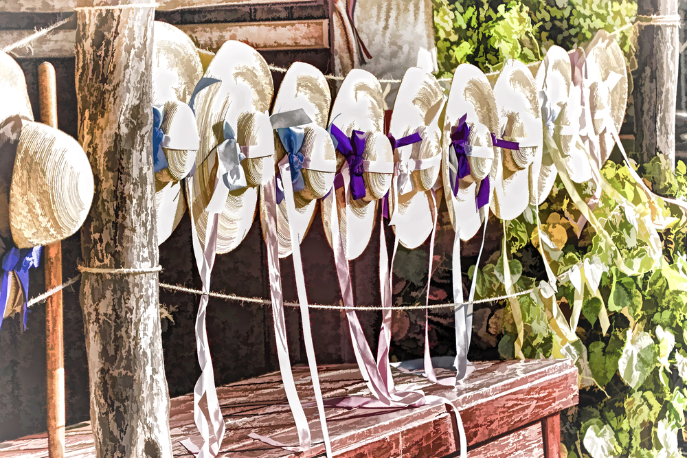 plan a colonial wedding in williamsburg, colonial bonnets for a wedding